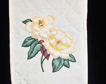 Blender Cover - Magnolias