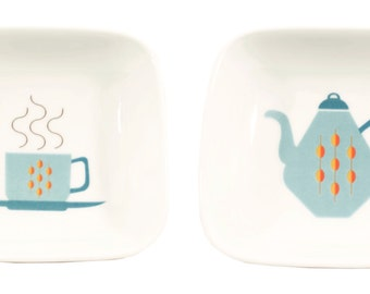 little teapot and teacup dishes