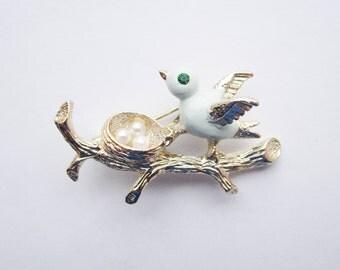 Vintage Signed Gerry's Nesting Blue Bird Gold Tone Figural Brooch