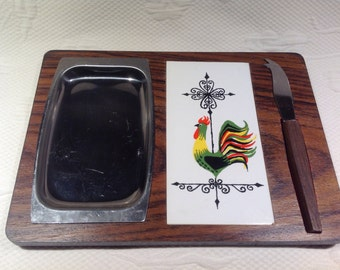 Wood cheese Board - tile Rooster motif and magnetic knife / / made in the Japan