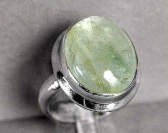 Sterling Silver Oval Cabochon Green Aquamarine Ring Size 7.5   r725