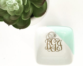 Hand Painted Monogrammed Ring or Trinket Dish // Bridesmaid Gift // Wedding Gift // Bride