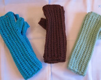 Fingerless Wrist Warmers Gloves Mittens Hand Knitted