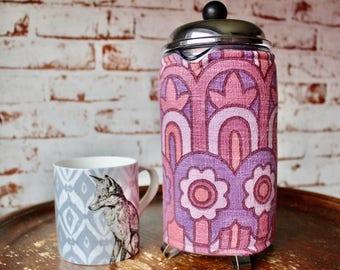 French Press Cosy in Vintage Fabric. Bodum Cosy. Retro Coffee Cosy. Retro Cafetiere Cosy. 1960s Fabric. Coffee Pot Cosy. Coffee Press Cosy.