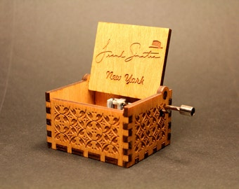 Engraved Handmade wooden music box - Frank Sinatra New York
