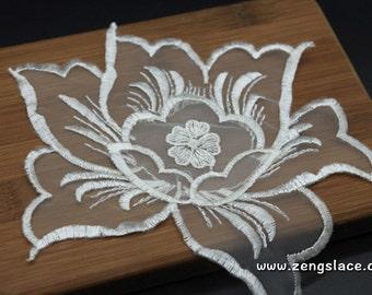 White 3D flower lace applique, Floral Lace Applique/Lace Patch, bridal lace applique, 7*6 inches lace applique, pair of two, LA-33