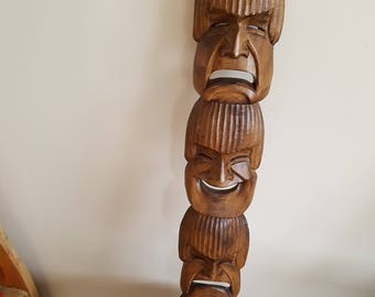 Triple mask wall decor in solid wood, Vintage