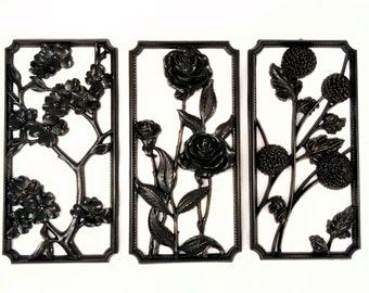 Redesigned 4 Seasons Crestyle Plaques, Syroco Style