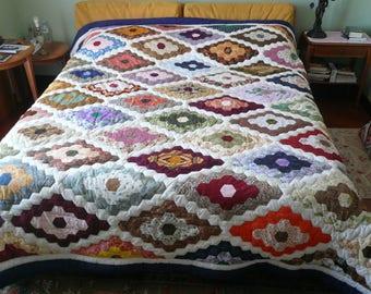 king or queen size bed quilt - Grandmother's flower garden quilt  - handmade  - hand quilt