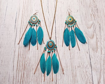Parure necklace / earrings turquoise blue feathers