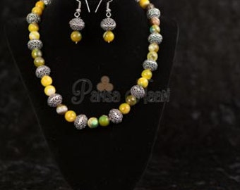 Yellow Jade necklace set with silver filigree beads