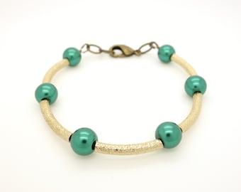 Green Bracelet. Gold Bracelet. Forest Green Bracelet. Green and Gold Bracelet. Beaded Bracelet. Holiday Bracelet. Party Bracelet.