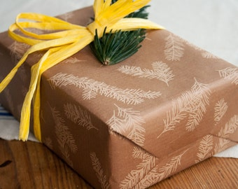 3 Bow wrapping paper with branch pattern in bronze