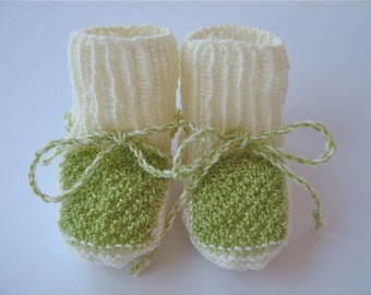 Hand Knitted Baby Girl/Boy Shoes/ Baby Girl,Boy Booties/ Newborn Shoes/size 0-8M/Beige Green Baby Booties/Crib shoes