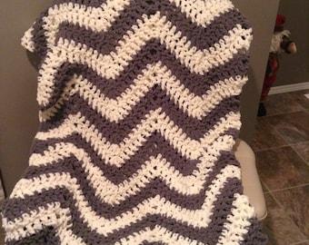 Chunky Crochet Chevron Blanket