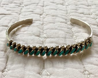 Vintage Zuni Needlepoint Sterling Silver and Turquoise Bracelet Cuff ** FREE SHIPPING **