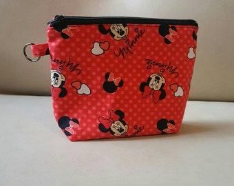 Minnie Mouse zipper bag