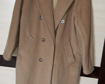 MAX MARA Pure New Wool Long Coat with Soft Camel Color