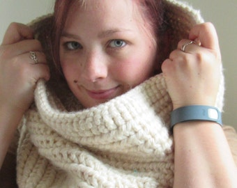 White and Gold Crocheted Cowl Scarf