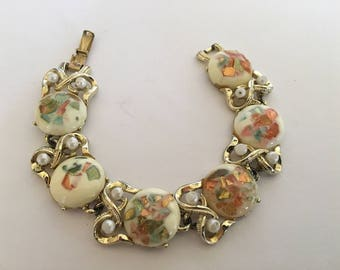 "Vintage 50's Handmade Signed Coro Multi Color Lucite Foil Induced Rounds,  Faux Pearls, Goldtone Links Bracelet 7.25""  Push Close Clasp"