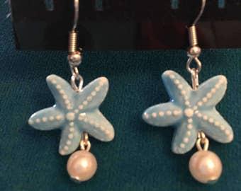 Beachy pearl starfish earrings