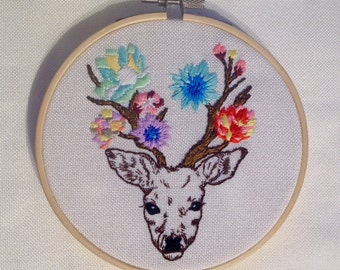 Flower moose, Embroidery