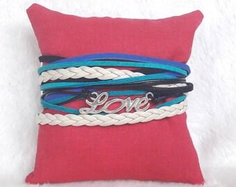 Leather Wrap bracelet blue beige LOVE trailer