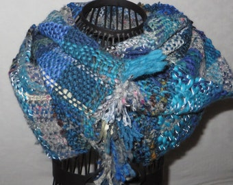 handwoven scarf, infinity scarf, fillet yarn, reflecting, sequins, leno-lace