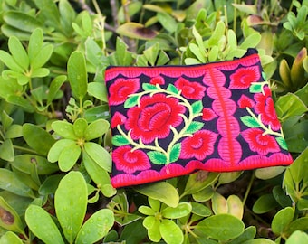 Floral Travel Pouch, Travel Purse, Travel Bag, Travel Accessories, Toiletry Bag, Makeup Bag, Cosmetic Bag, Wallet, Wristlet, Accessories