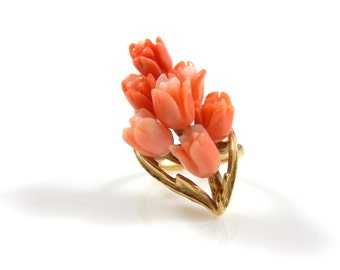 Carved Coral Tulip Bouquet 14K Vintage Ring - X1378