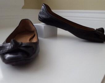 Summer Sale: ELIE TAHARI Patent Leather Flats