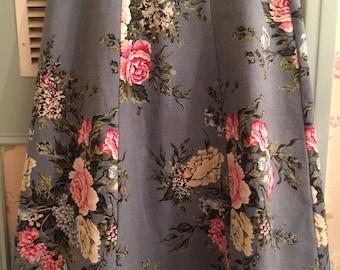 Handmade 1950's Bark-cloth Floral Skirt - Size 10