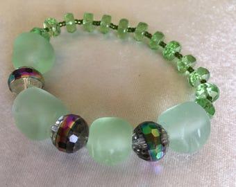 Mint Green Bracelet   Handmade Glass Beads Bracelet    Birthday Gift   Mother's Day Gift   A Gift for Her   Everyday Ornamen