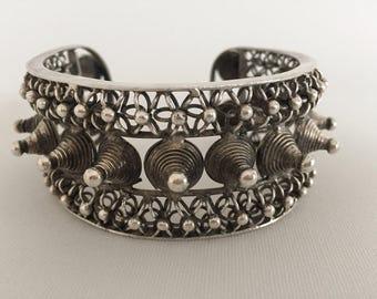 Miao, ethnic, tribal, bracelet, silver, women, ethnic, and fair trade, vintage, jewelry.  Design bracelet unisex. Tribal style.