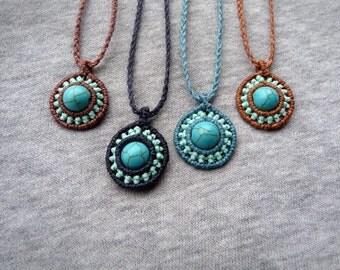 Macrame trailer / mandala / semiprecious stone necklace
