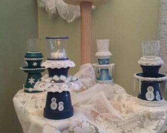 Dk. blue snowman candleholder