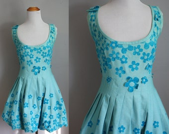 1960s floral mini dress, 1960s scooter dress