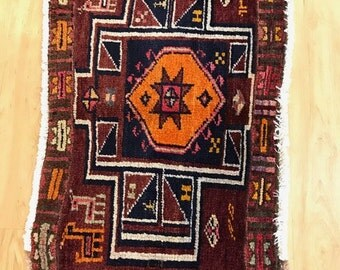 Vintage Northwest Persian Rug, 2' x 3'8.  1960's. Beautiful.