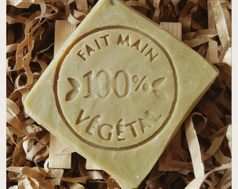 SOAP of clay green 60% olive, SOAP craftsman, SOAP natural, SOAP vegan, castile soap, savon castille, treatment acne, skin fat