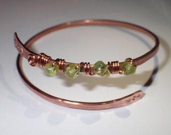 Beaded Peridot Copper Bracelet - Chakra Jewelry - Healing Crystals