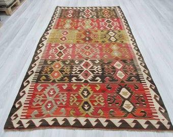 4' 11''x 9' 1''Handwoven vintage decorative colourful Turkish kilim area rug