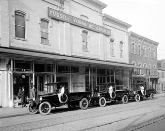 """1922 Fussell-Young Ice Cream Co. Trucks Vintage Photograph 8.5"""" x 11"""""""