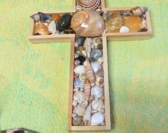 Seashell cross 8""