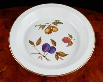 """Royal Worcester Evesham 10-1/2"""" Pie Baker Fruits 16002"""