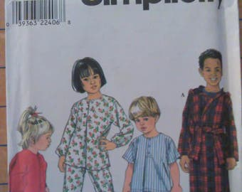 Simplicity Pattern 8493 Toddlers and Childs Sleepwear