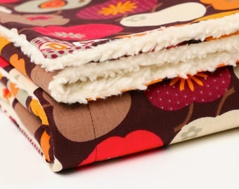 """Retro apples"", Brown, baby blanket, blankie, with baby on the way, cotton blanket,"
