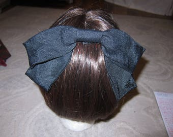Vintage black crepe (?) fabric hair bow with comb