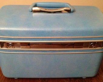 Vintage Sky/Baby Blue Samsonite Travel/Train/Makeup Case