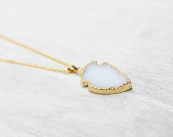 Chain gemstone arrow white yellow gold