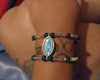 The eye bracelet wrist candy